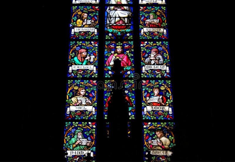 République Tchèque, Prague - 21 septembre 2017 : Fenêtres en verre teinté de St Vitus à Prague, République Tchèque image stock