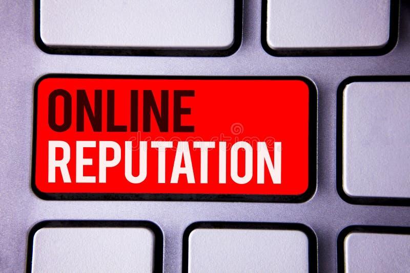 Réputation en ligne des textes d'écriture de Word Concept d'affaires pour le texte blanc TW de qualité de satisfaction d'évaluati photos libres de droits