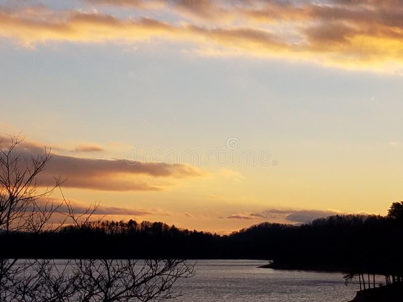 Réserve forestière cherokee au coucher du soleil photographie stock