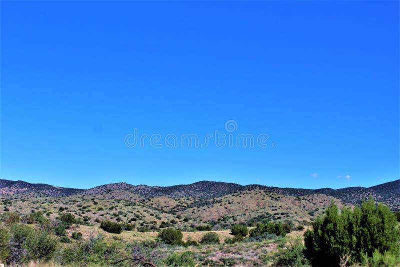 Réserve forestière de Tonto, outre de la route 87, l'Arizona U S Ministère de l'agriculture, Etats-Unis photos stock