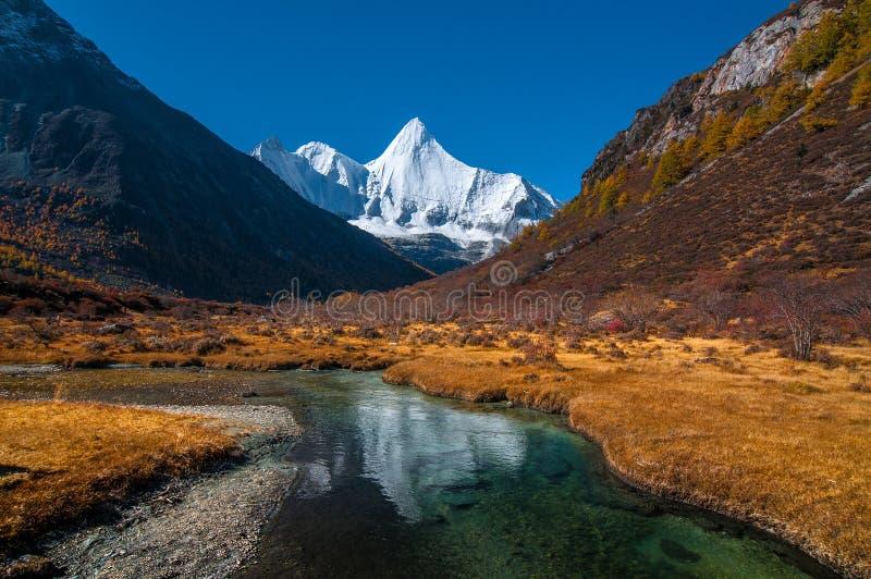Réserve naturelle de Yading, province de Sichuan de la Chine photographie stock