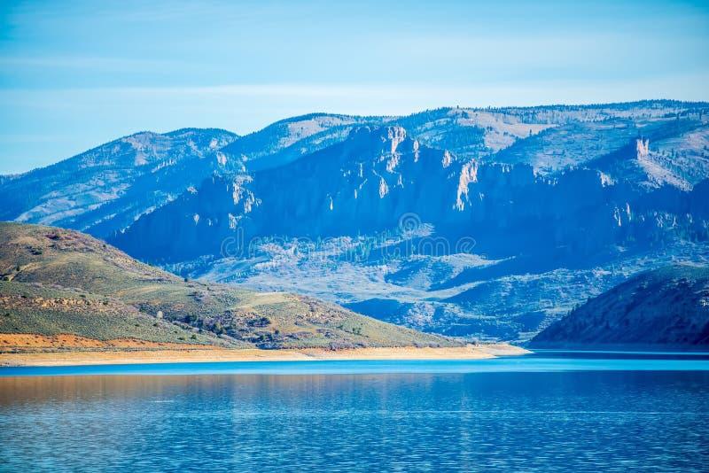 Réservoir bleu de MESA dans la réserve forestière le Colorado de gunnison photographie stock