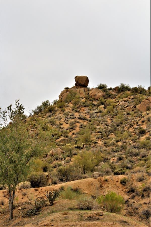 Réservoir de Bartlett Lake, le comté de Maricopa, état vue scénique de paysage d'Arizona, Etats-Unis photo stock