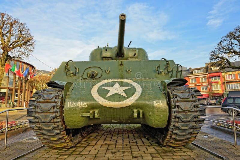 Réservoir de Bastogne Sherman sur l'endroit McAuliffe, Belgique photos libres de droits