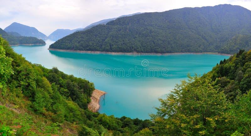 Réservoir de Jvari, la Géorgie photos stock