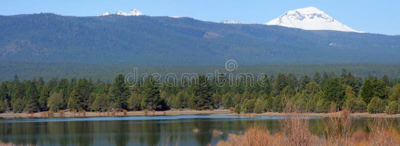 Réservoir de Tumalo en mai images stock