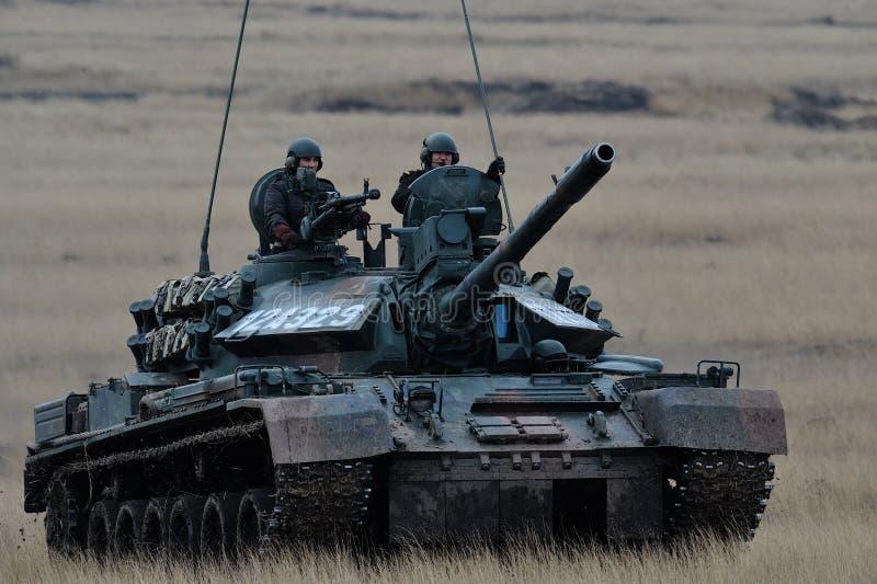 Réservoir roumain TR-85M1 images stock