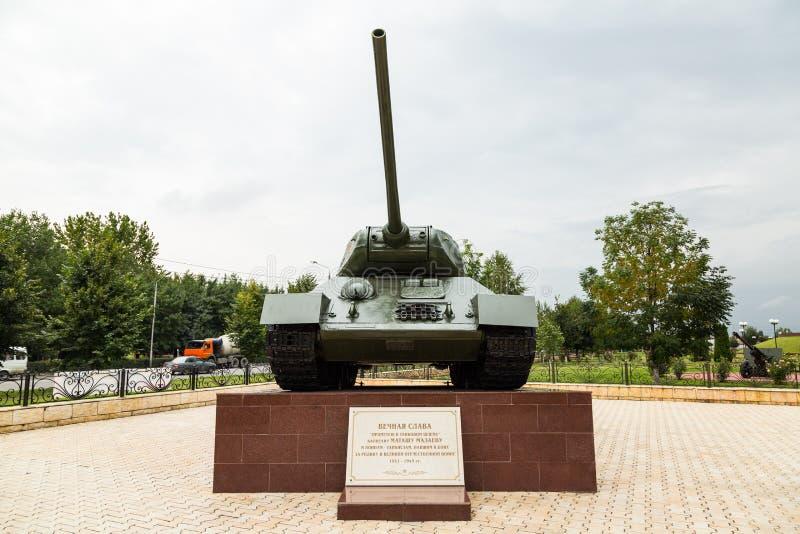 Réservoir t-34 Allée de gloire à Grozni, Chechenie photo stock