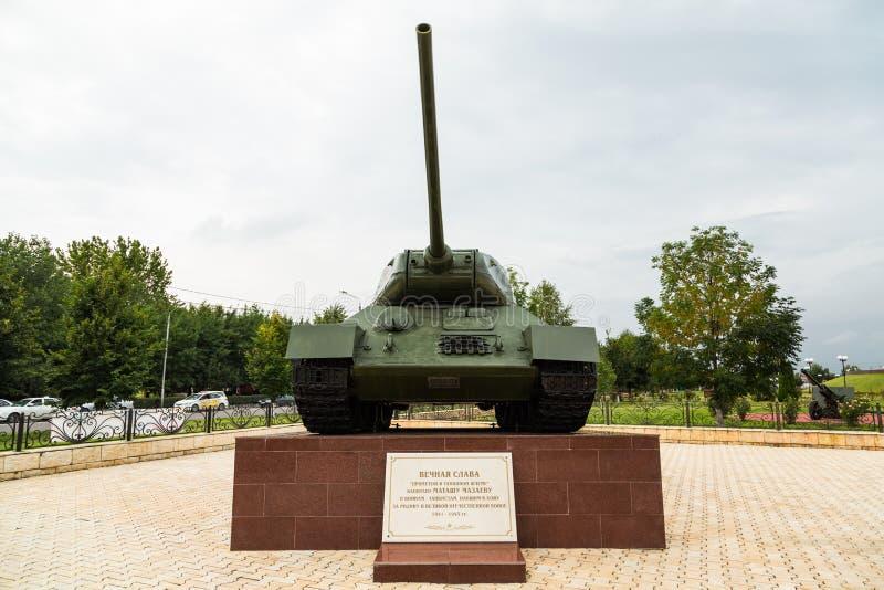 Réservoir t-34 Allée de gloire à Grozni, Chechenie photos stock