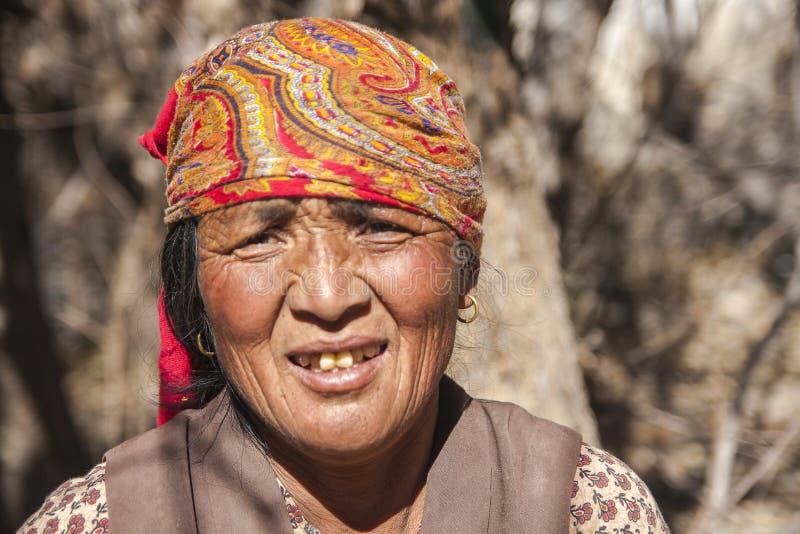 Résident de village de Jhong autour de Muktinath photo libre de droits