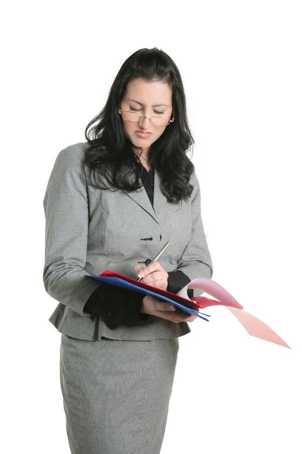 Résultats malheureux de document de dépliant de femme d'affaires photographie stock