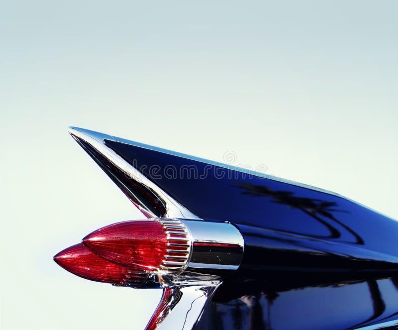 Rétro ailette d'arrière classique de véhicule de chrome des années 50 photo stock