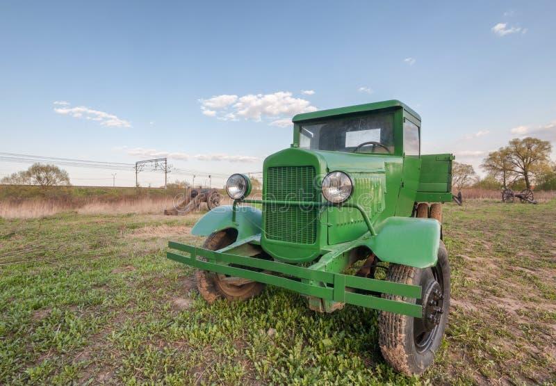 Rétro camion soviétique de vintage images libres de droits