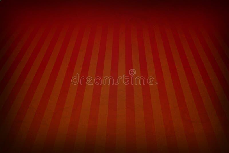 Rétro fond de rouge orange avec les frontières grunges fanées et l'effet doucement rouge et d'orange de rayures de rayon de solei photographie stock