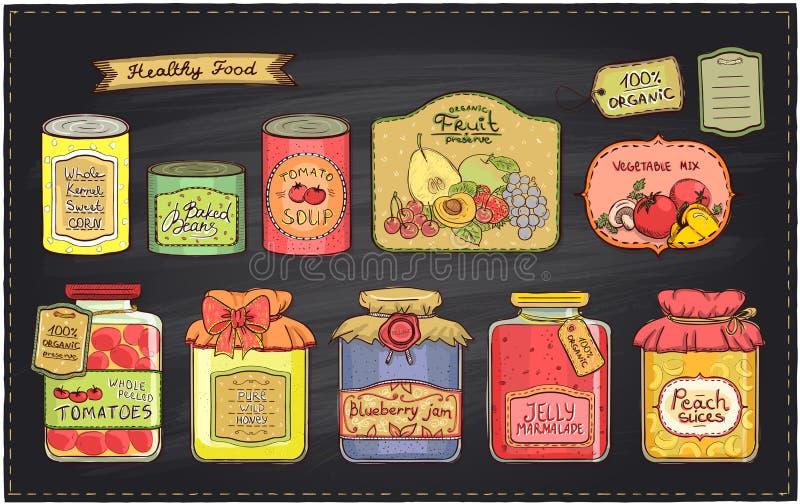 Rétro illustration tirée par la main de style avec des conserves réglées et des étiquettes sur un contexte de tableau illustration stock