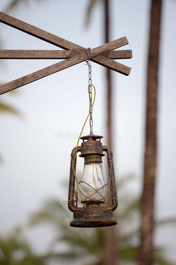 Rétro lampe extérieure image libre de droits