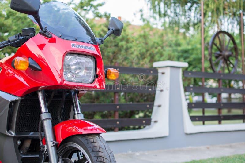 Rétro moto de Kawasaki GPZ photographiée dehors Vélo légendaire de film Top Gun photographie stock
