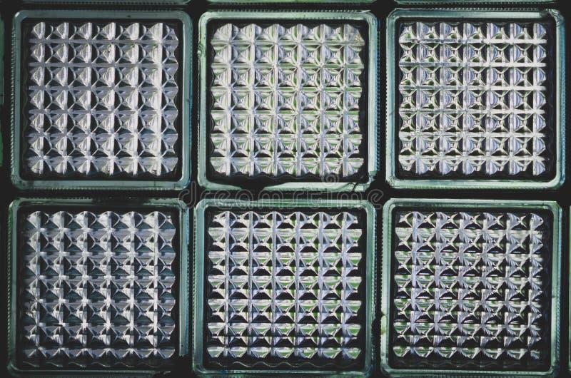 Rétro mur soviétique de blocs en verre photo stock