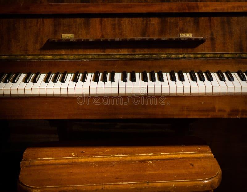 Rétro piano à vendre image libre de droits