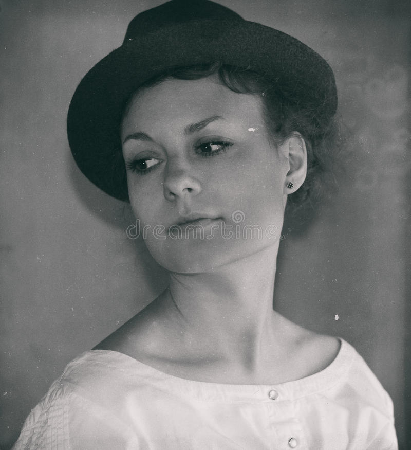 Rétro portrait classique de femme élégante images libres de droits