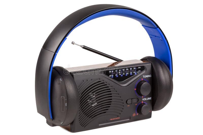Rétro radio avec les écouteurs sans fil image libre de droits
