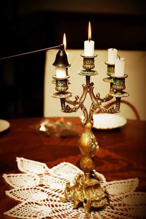S'éteindre des bougies image stock
