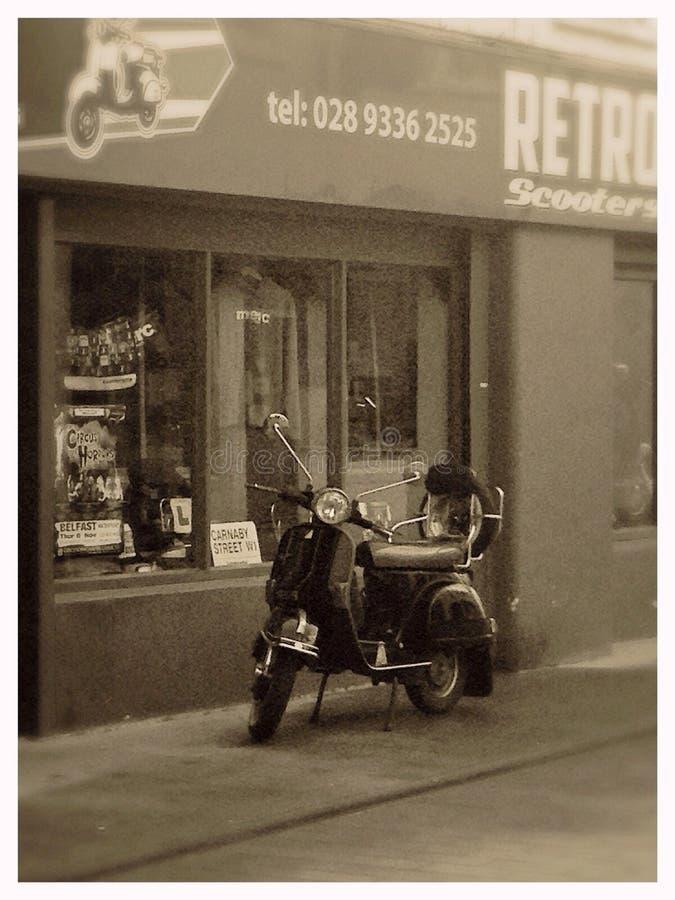 Rétro scooter photographie stock