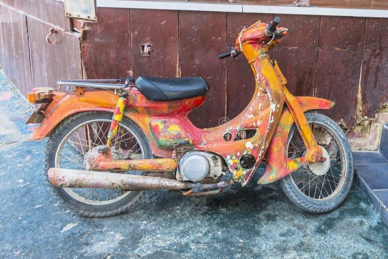 Rétro scooter hippie image stock