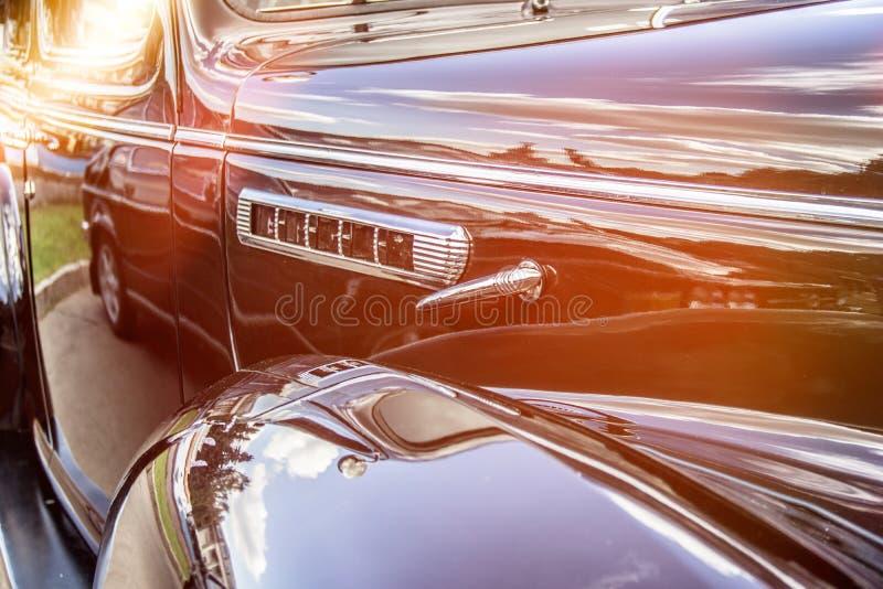 Rétro véhicule Plan rapproché des phares de la voiture de cru exposition Vint photos libres de droits