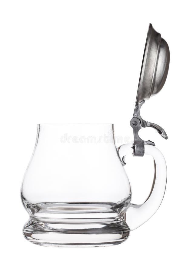 Rétro verre de bière de vintage vide Poignée en verre avec le dessus en acier argenté images libres de droits