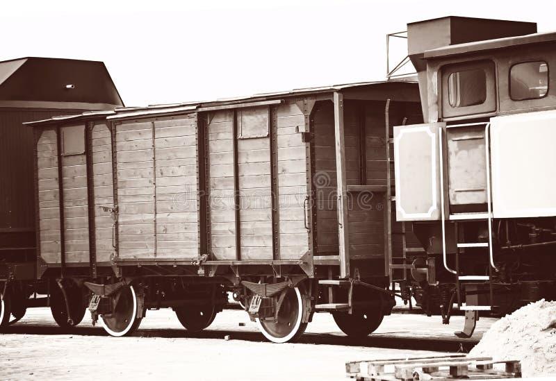 Rétros vieux chariots de train photos libres de droits