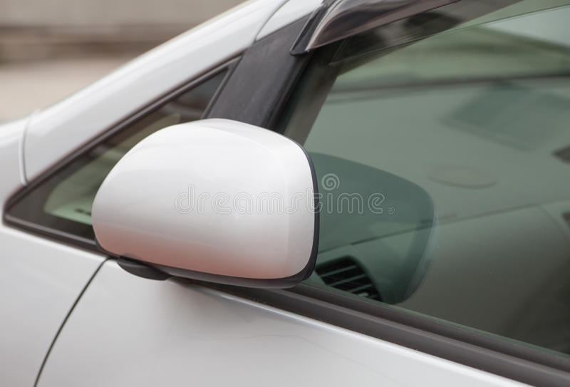 Download Rétroviseur latéral image stock. Image du automobile - 87700863