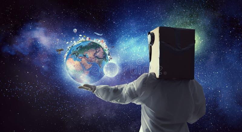 Rêver pour explorer l'espace Media mélangé images stock