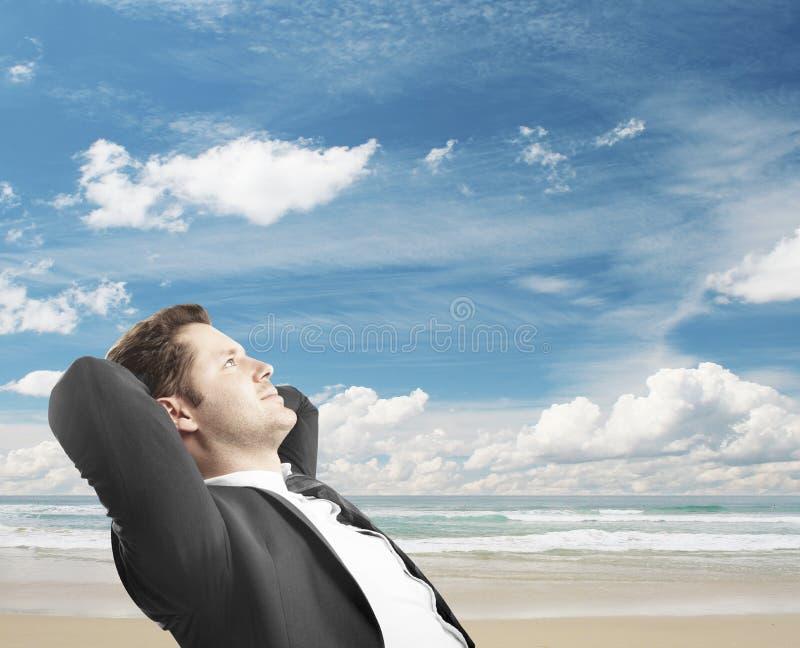 Rêver sur le voyage images stock