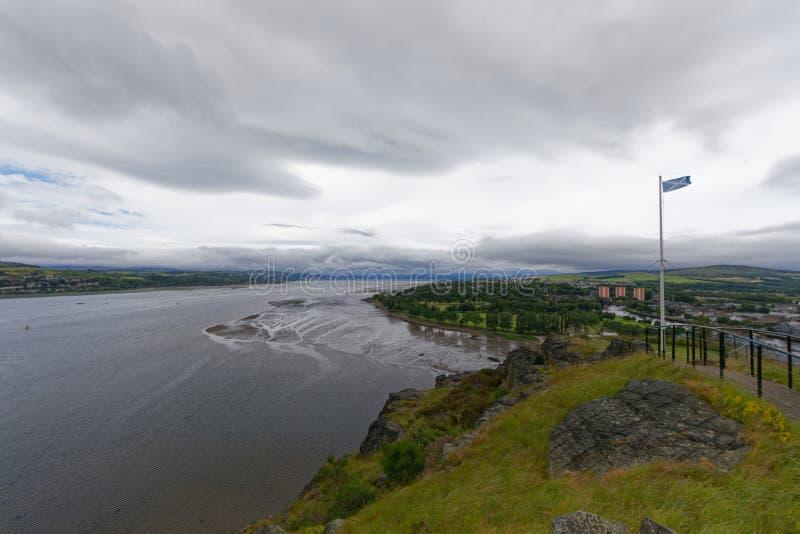 Río Clyde, Dumbarton, cerca de Glasgow, Escocia imágenes de archivo libres de regalías