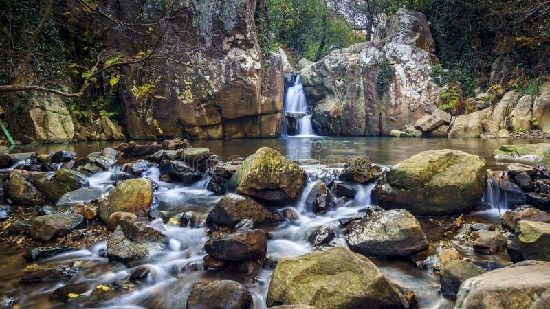Río de Honey Waterfall Algeciras Cadiz Spain foto de archivo