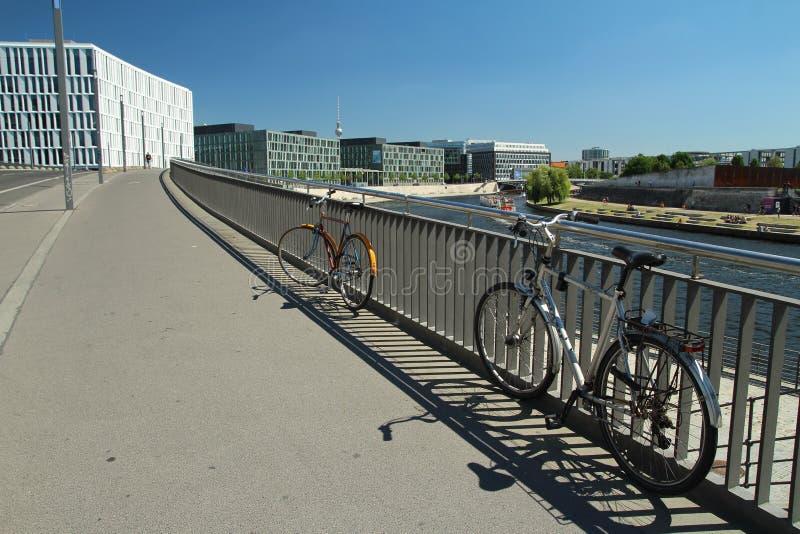 Río de la diversión en el centro de Berlín fotografía de archivo libre de regalías