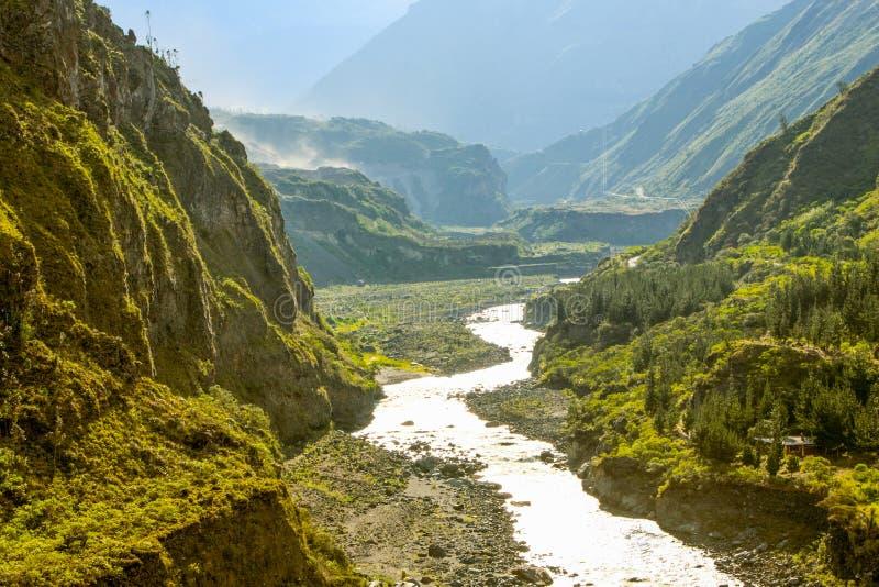 Río de Pastaza en Ecuador imagen de archivo