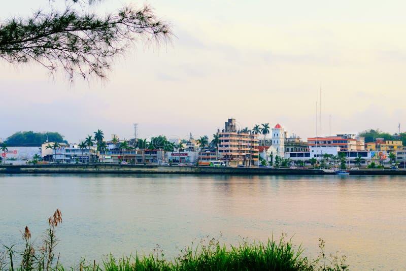 Río de Tuxpan, México fotos de archivo