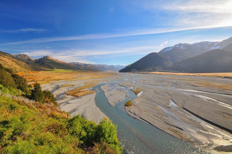 Río de Waimakariri, paisaje de Nueva Zelanda imágenes de archivo libres de regalías
