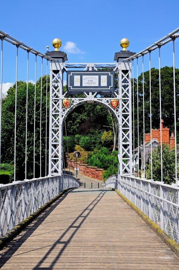 Río Dee Suspension Bridge, Chester foto de archivo