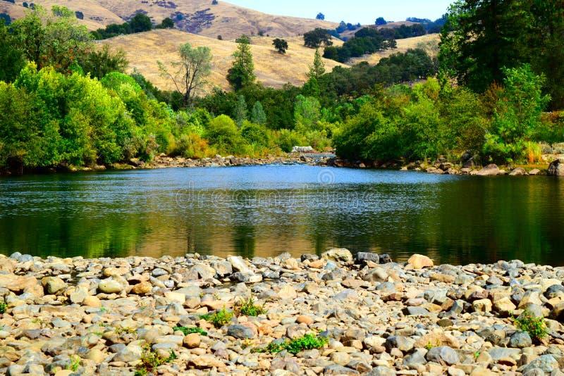 Río del americano de la sequía de California foto de archivo libre de regalías