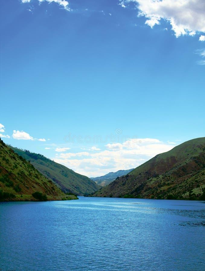 Río domesticado imagenes de archivo