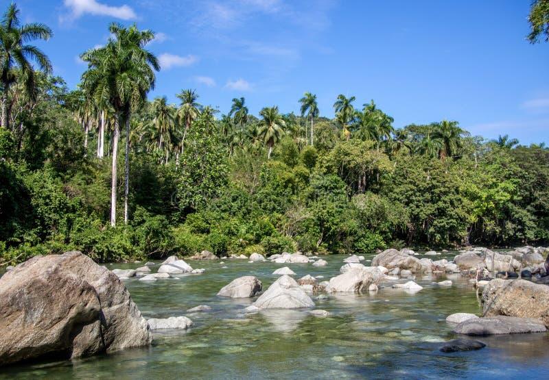 Río Duaba Baracoa Cuba fotos de archivo