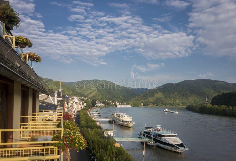 Río el Rin en Boppard, Alemania fotos de archivo