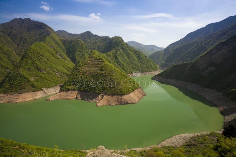 Río en China de la montaña fotografía de archivo
