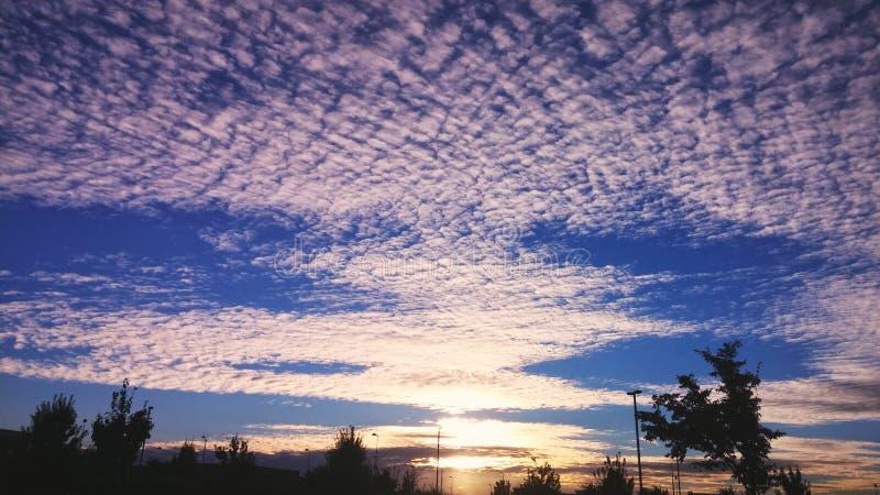 Río en el cielo imagenes de archivo