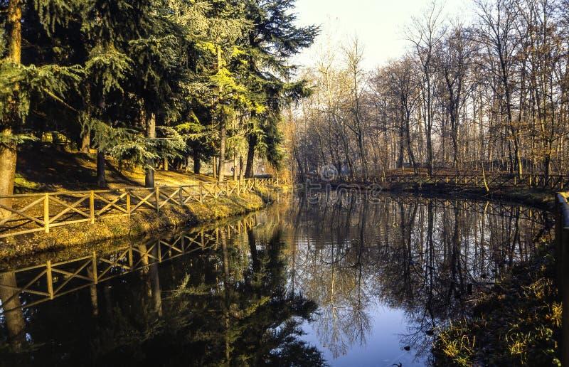 Río En El Parque De Monza Imagen de archivo libre de regalías