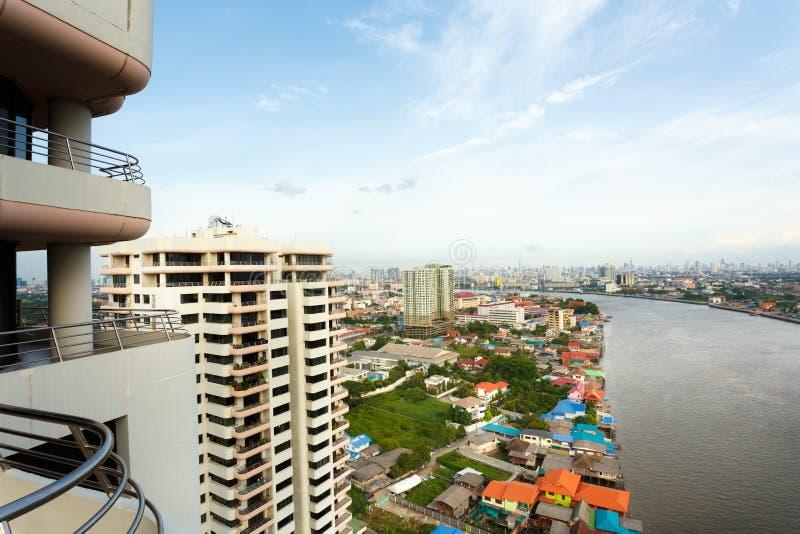Río en la ciudad de Bangkok imagenes de archivo