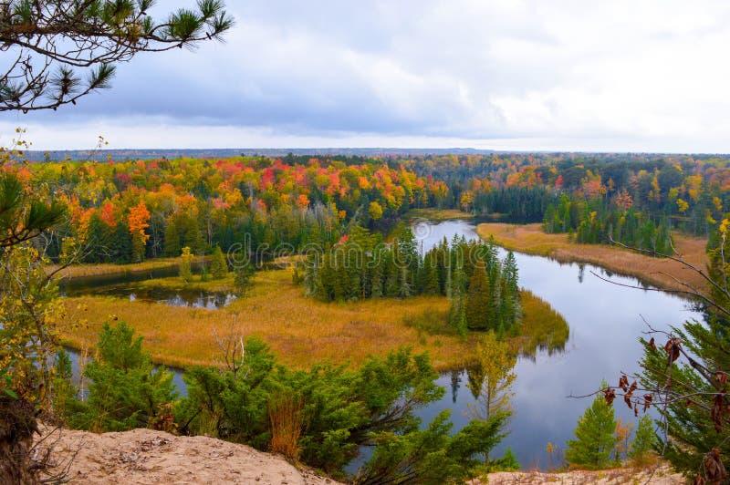 Río hermoso de Ausable en otoño imágenes de archivo libres de regalías